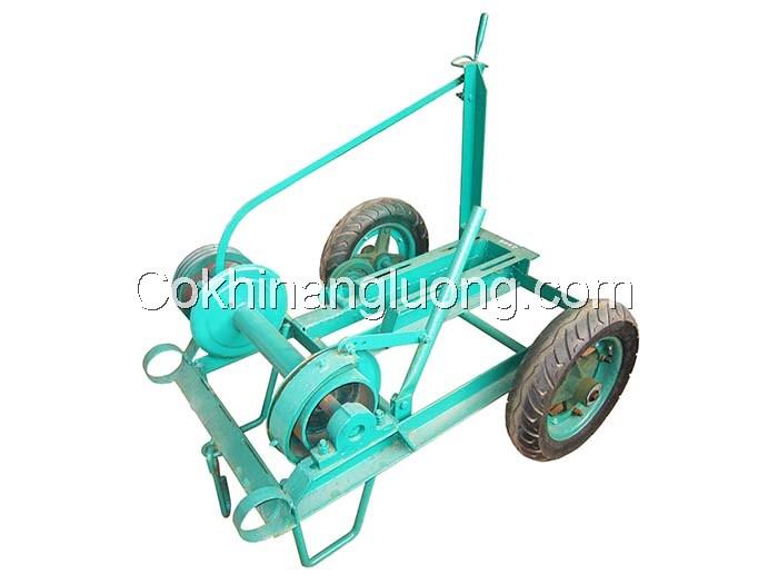 Máy Tời nâng (vận thăng) xây dựng có bánh xe kiểu rơ-mooc
